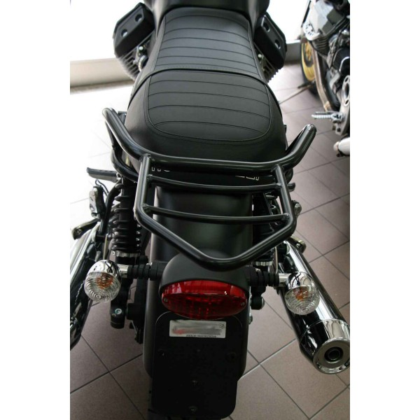 porte paquet v7 noir moto guzzi portu017n en vente chez moto bel 39. Black Bedroom Furniture Sets. Home Design Ideas