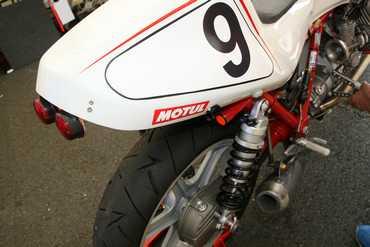 Motobel N° 9 - Amortisseur EMC - Huiles Motul