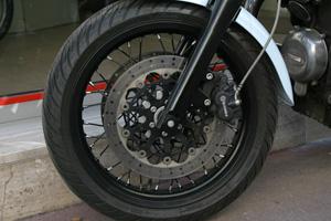 Roue noire MB9