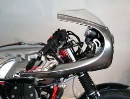 Carénage V7 Racer avec rétroviseurs embouts de guidon