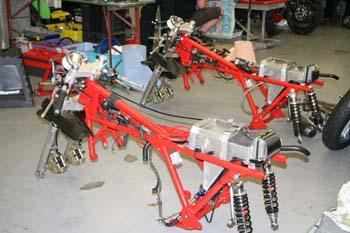 2 cadres Guzzi Le Mans