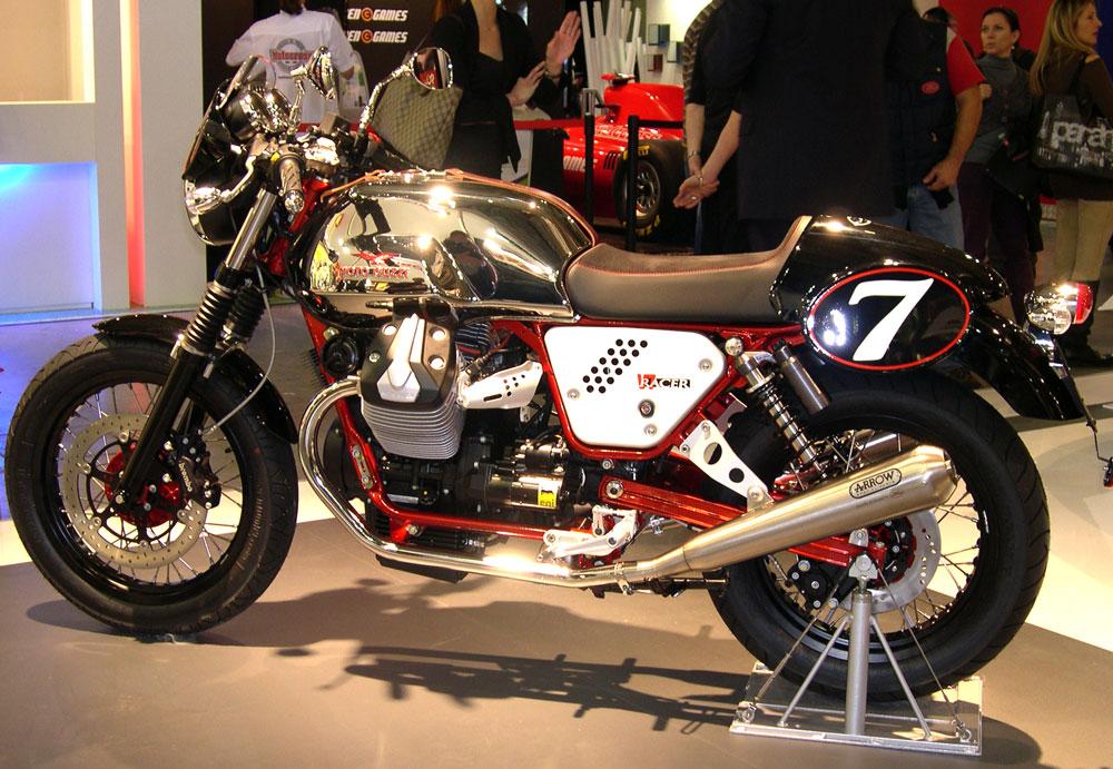 2011 salon moto milan moteur 750 guzzi. Black Bedroom Furniture Sets. Home Design Ideas